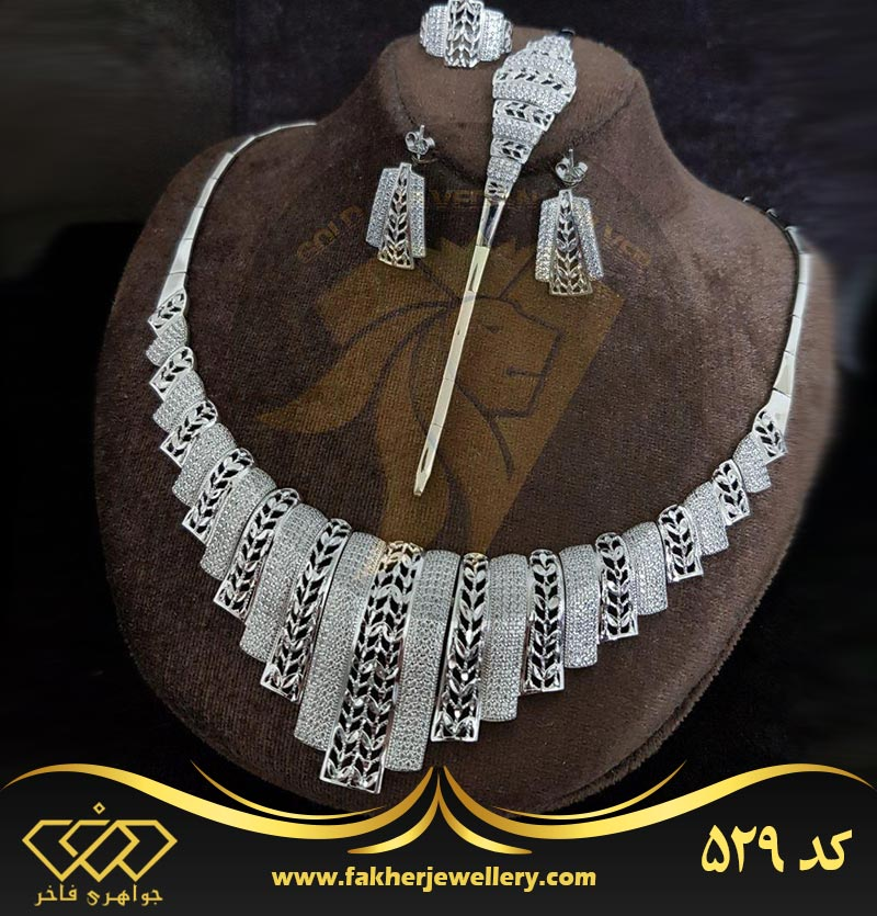 سرویس جواهری طرح طلا کد 529