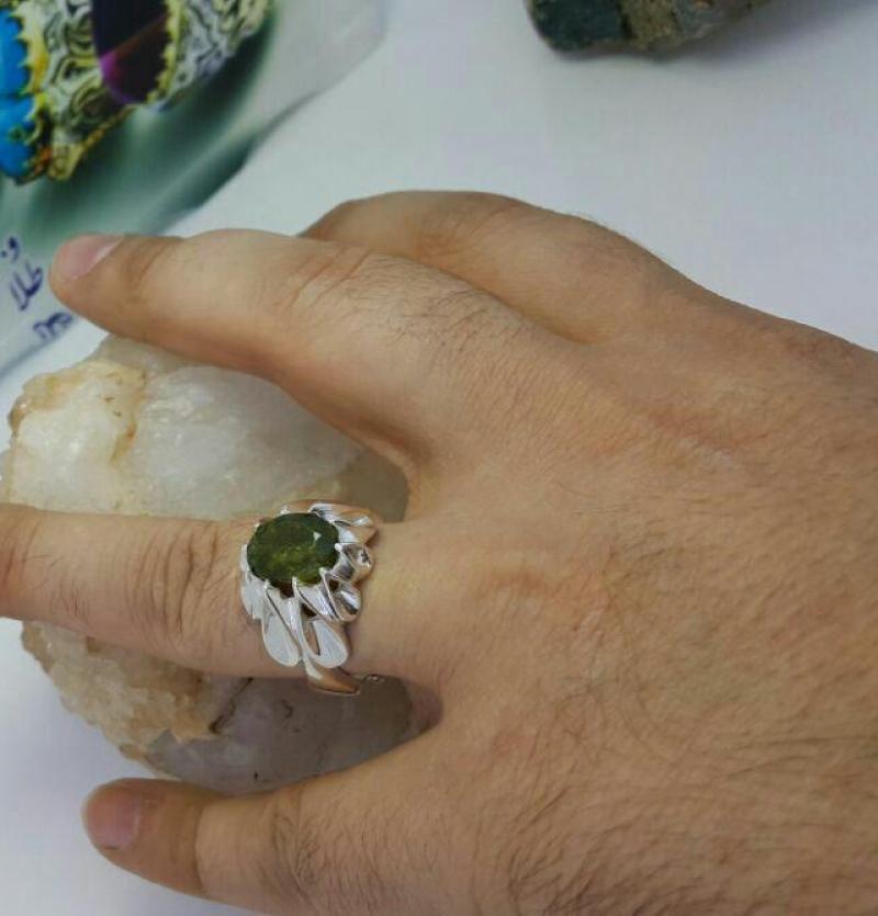انگشتر زبرجد لجنی معدنی اصل
