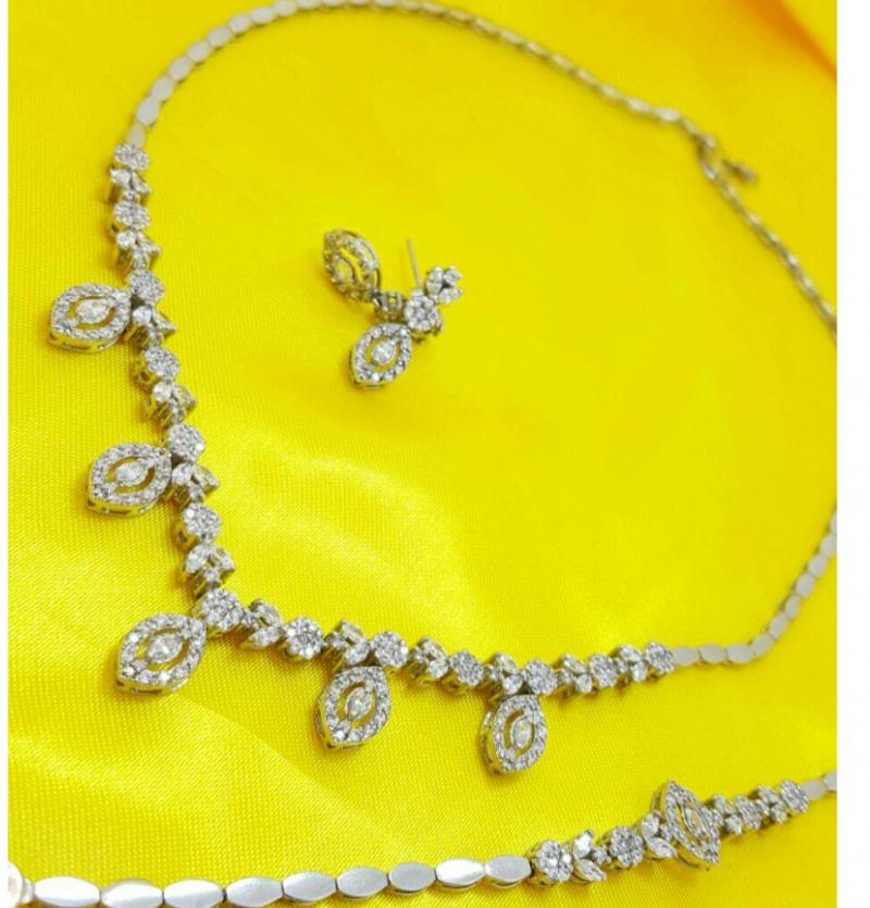 سرویس جواهری طرح خود طلا