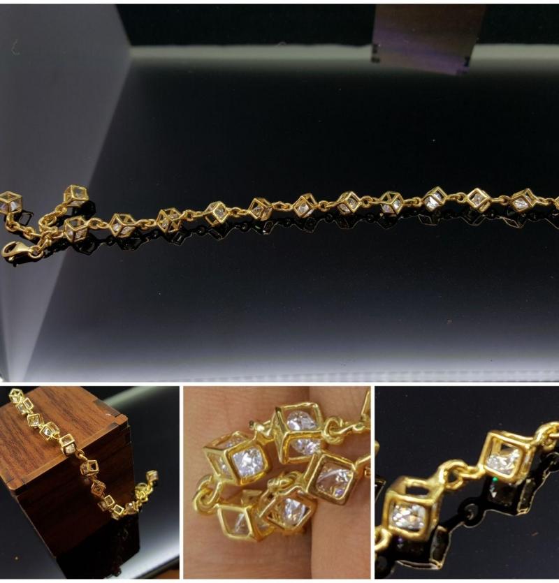 دستبند آنتیک مربع داخل نگین اتمی پلمب شده جلوه زیبا خاص
